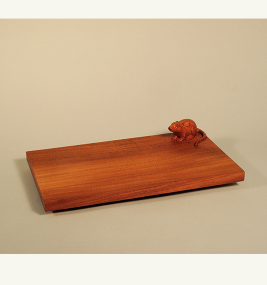Mouse Cutting Board, carved by Paul Reiber